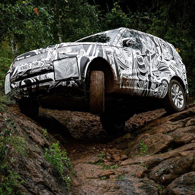 Now live! What I've been up to for the past few months but couldn't talk about... Stills and video of the new Land Rover Discovery undergoing testing around the world. #landrover #discovery #newdiscovery #l462 #nextgeneration #testing #offroad #4x4 #camouflage #adventure #carphotographer #revealed #prototype #engineering #automotiveengineering
