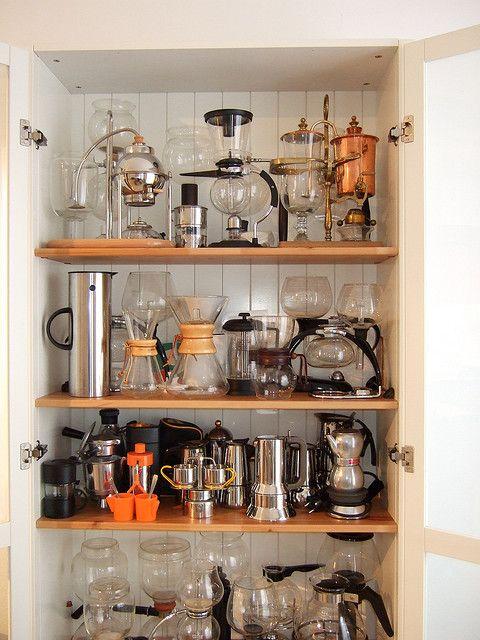 Voy a empezar a hacer la mía! :D  -serious coffee maker collection