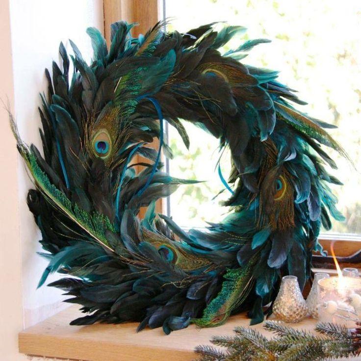 décoration de maison avec plumes de paon