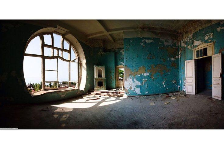 Гагры. Современное состояние дворца принца Ольденбургского. С сайта prussos.dreamwidth.org