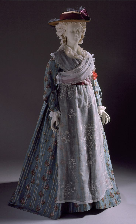 Robe à l'anglaise: Textile: ca. 1770; Dress: ca. 1785-1790, brocaded silk, linen lining.