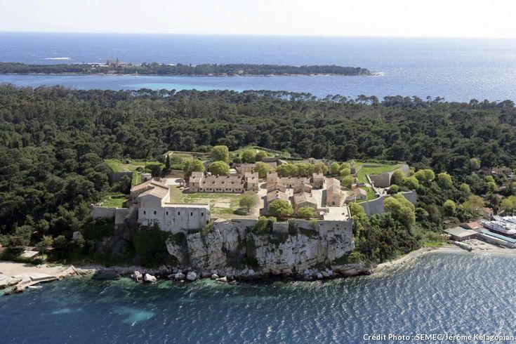 fort royal Ile Saint-Honorat (Lérins) Cannes Cote d'Azur