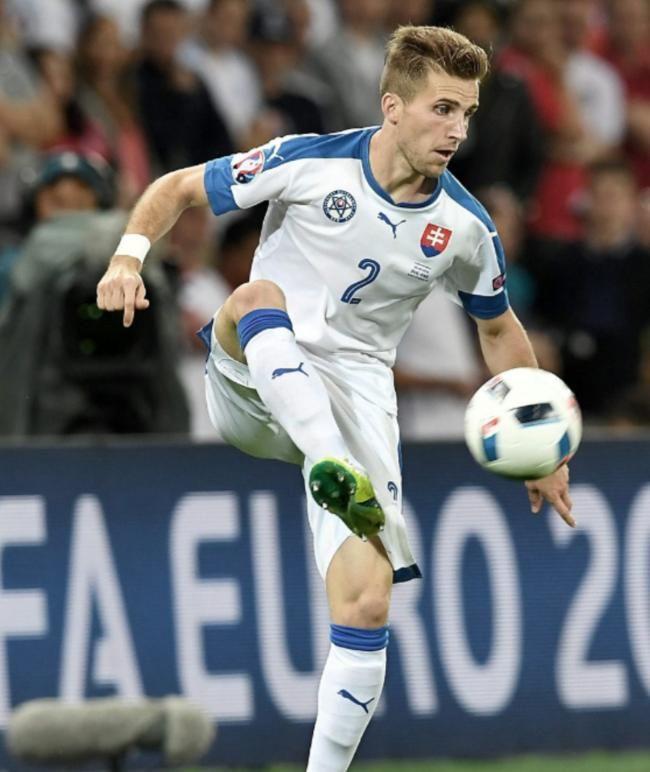 "Slowakei-Star droht Jogis Jungs | Pekarik: ""Wir wollen die nächste Sensation!"" http://www.bild.de/sport/fussball/em-2016/pekarik-wir-wollen-heute-die-naechste-sensation-schaffen-artikel-46489690.bild.html"
