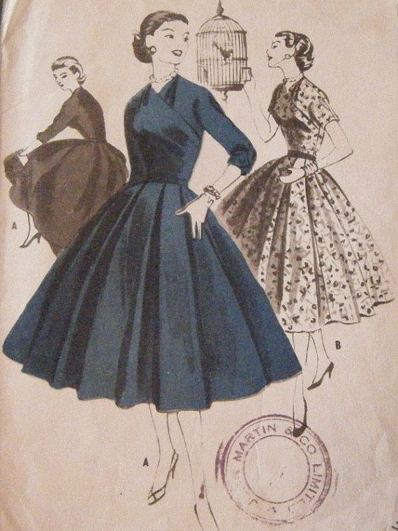 This dress is stunning! The pattern is old (1953) , but in perfect (for its age) condition. The envelope is open, but the pattern has never