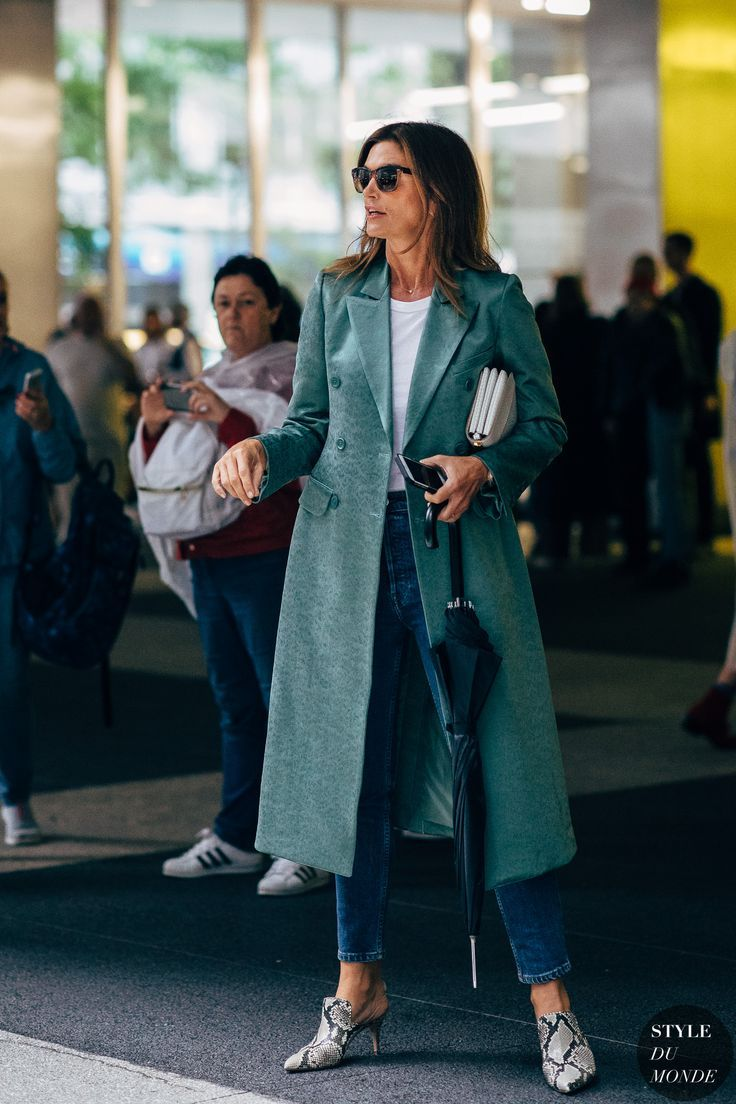 Cindy Crawford by STYLEDUMONDE Street Style Fashion  Photography20180909 48A0119 a3331b4b5535c