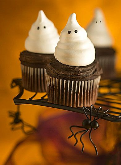 Ghost meringues | Party Ideas | Pinterest