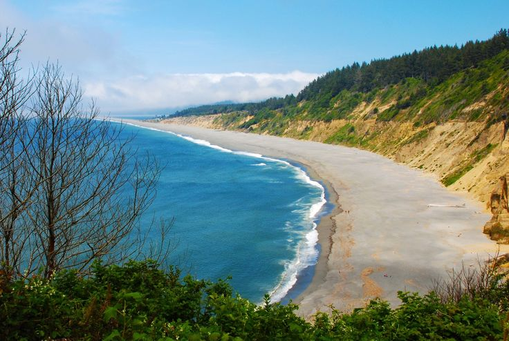 Agate Beach is the large main beach at the north end of Patrick's Point State Park near Trinidad. It requires a twisty steep hike from the parking lot at t