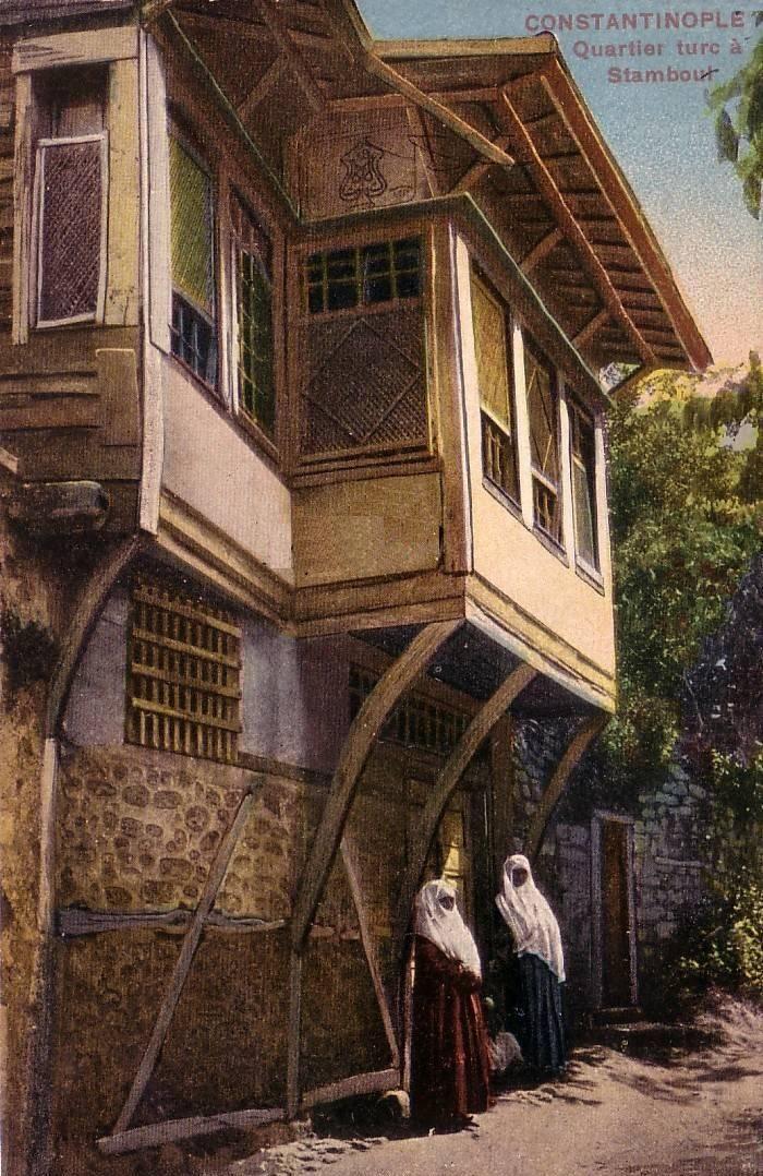 [Ottoman Empire] Ottoman Women and Wooden Istanbul Houses, 1900s (Osmanlı Kadınları ve Ahşap İstanbul Evleri)