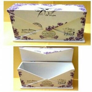 Multifunction box with elegant vintage design ready to decorate your room. Size: 23x10,5x7 cm
