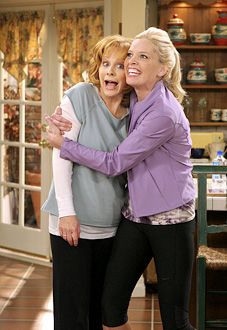 Reba & Barbara Jean. Luv that show
