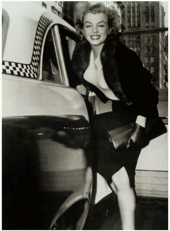 Marilynarrives at The Actors Studio for The Baby Doll Benefit