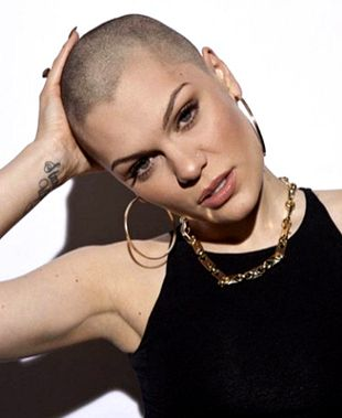 Famous Women Celebrities Who Shaved Their Heads | Nadyana Magazine