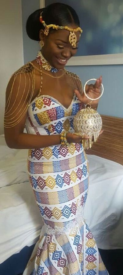 Kente white color dress, African fashion, Ankara, kitenge, African women dresses, African prints, African men's fashion, Nigerian style, Ghanaian fashion, ntoma, kente styles, African fashion dresses, aso ebi styles, gele, duku, khanga, vêtements africains pour les femmes, krobo beads, xhosa fashion, agbada, west african kaftan, African wear, fashion dresses, asoebi style, african wear for men, mtindo, robes, mode africaine, moda africana, African traditional dresses
