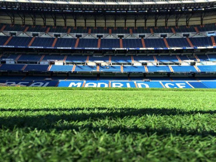 Stadium tour your guide to estadio santiago bernab u for Estadio bernabeu puerta 0