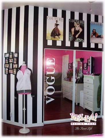 bedroom decorating ideas for girls, girls bedrooms decor, stripe walls, wall posters, teen girls room