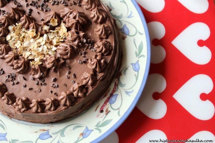 Kaštanový dort s indiánskými borůvkami a čokoládovým krémem