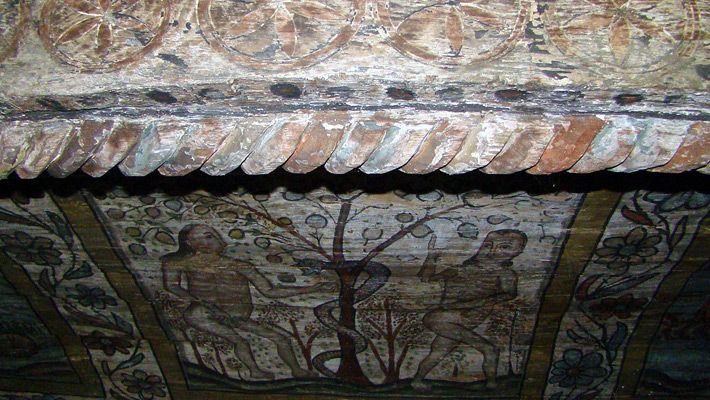 Biserica de lemn Sf. Arhangheli din Rogoz O călătorie virtuală prin Maramureş - galerie foto. Vezi mai multe poze pe www.ghiduri-turistice.info Sursa : http://ro.wikipedia.org/wiki/Fișier:Biserica_de_lemn_Sf.Arhangheli_Rogoz_(91).JPG