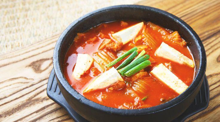 アノ缶詰を使うだけで家庭の「スンドゥブ・チゲ」が、まるで本場の味わいに | TABI LABO