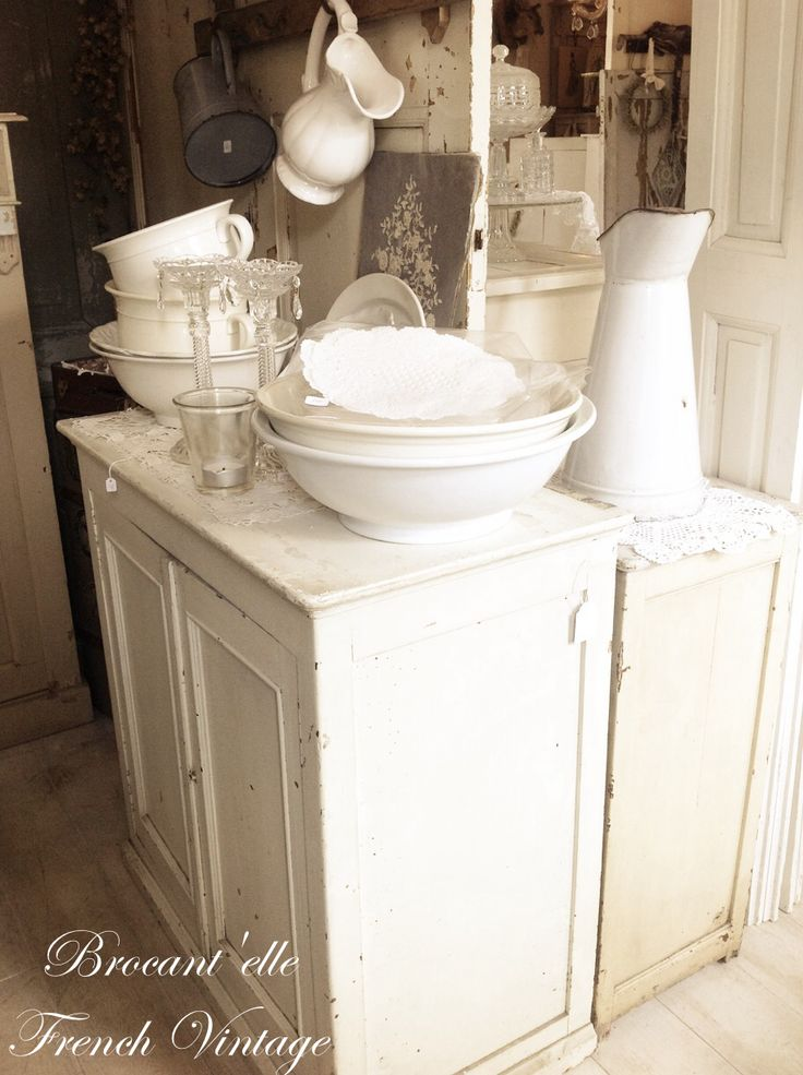 17 Best Images About Brocantelle My Booth Store On Pinterest White Box Shabby Chic And