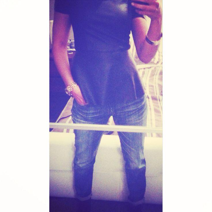 These boyfriend jeans are life! Jeans: garage clothing    peplum top: Vero Moda