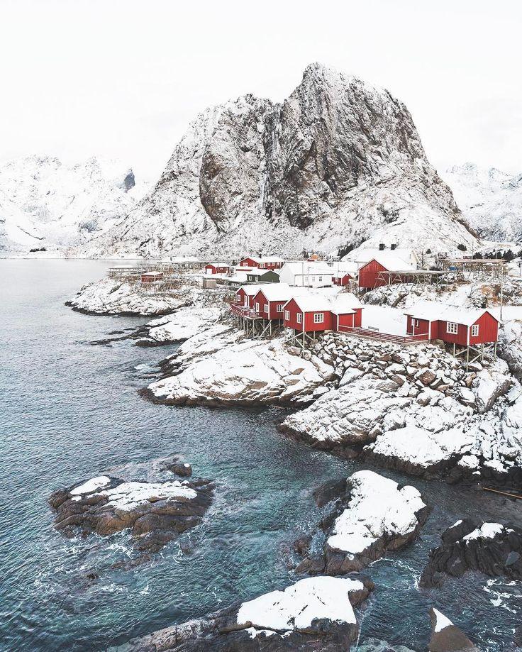 Winter mood in Norway.  Location: Hamnøy, Lofoten. #ig_color #aovtamron Reposted Via @eventyr