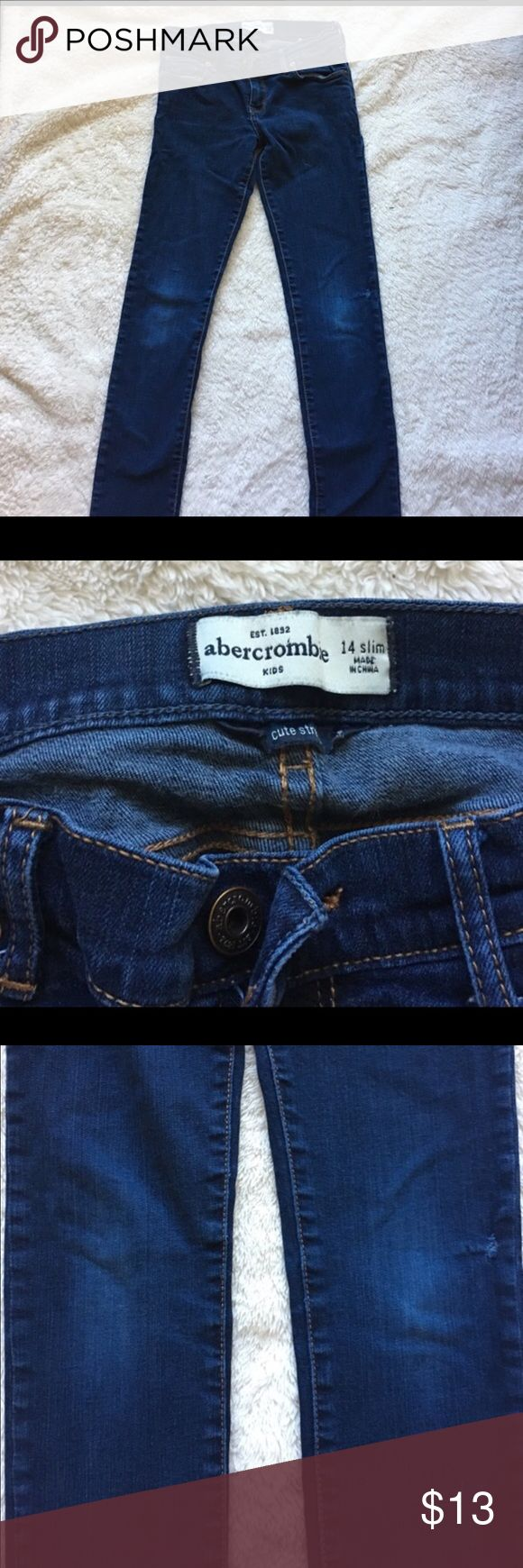 Abercrombie kids girls skinny jeans Abercrombie girls skinny jeans size 14.. a slight worn on the knees but still very good jeans.. please ask questions before purchasing.. abercrombie kids Bottoms Jeans