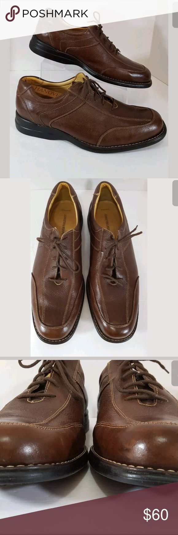 """Johnston & Murphy Sz 14 M Men Brown Oxford 20-7219 Johnston & Murphy Size 14 M Mens Brown Oxford Sheepskin Shoe G3 Brazil 20-7219 Johnston Murphy Brazil  G3 20-7219  Mens Brown Oxford Sheepskin   13.75 """" from toe to heel on bottom sole  4.75 """" widest point on bottom sole Size: 14 M please check the measurements given  before purchasing to insure that this item will fit Good used condition - Looks to have been lightly worn Johnston & Murphy Shoes Oxfords & Derbys"""