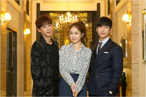 Yoo In Na Joins Jin Yi Han and Namgong Min in My Secret Hotel Mid-drama Press Conference | A Koala's Playground