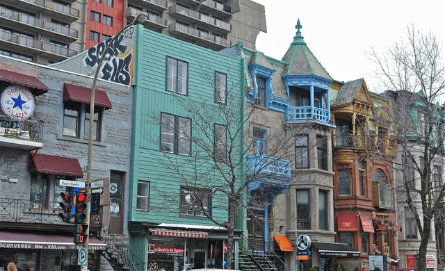 Montreal.Rue Saint Denis. Photo:T. Graffe