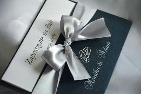 Zaproszenia Ślubne z ozdobną okładką.