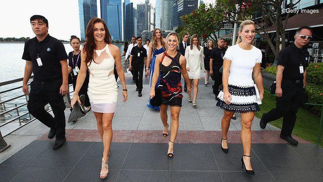 Kerber, Radwanska Lead Red & White Groups In WTA Finals Round Robin Draw