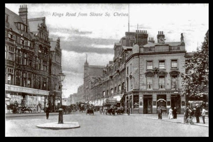 Kings Road from Sloane Square 1910. Peter Jones main building on the right, built 1877.