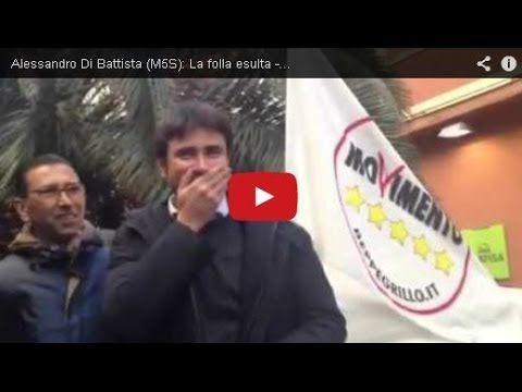 Alessandro Di Battista (M5S): Bagno di Folla a Bari!!!