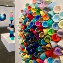 Stick Up  2016 : cast resin, 120 diameter