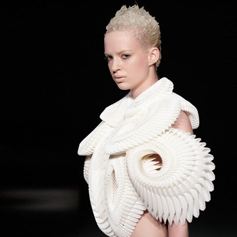 Fashion designer Iris van Herpen collaborated with New York company .MGX by Materialise and artist Daniel Widrig to create 3D printed clothes