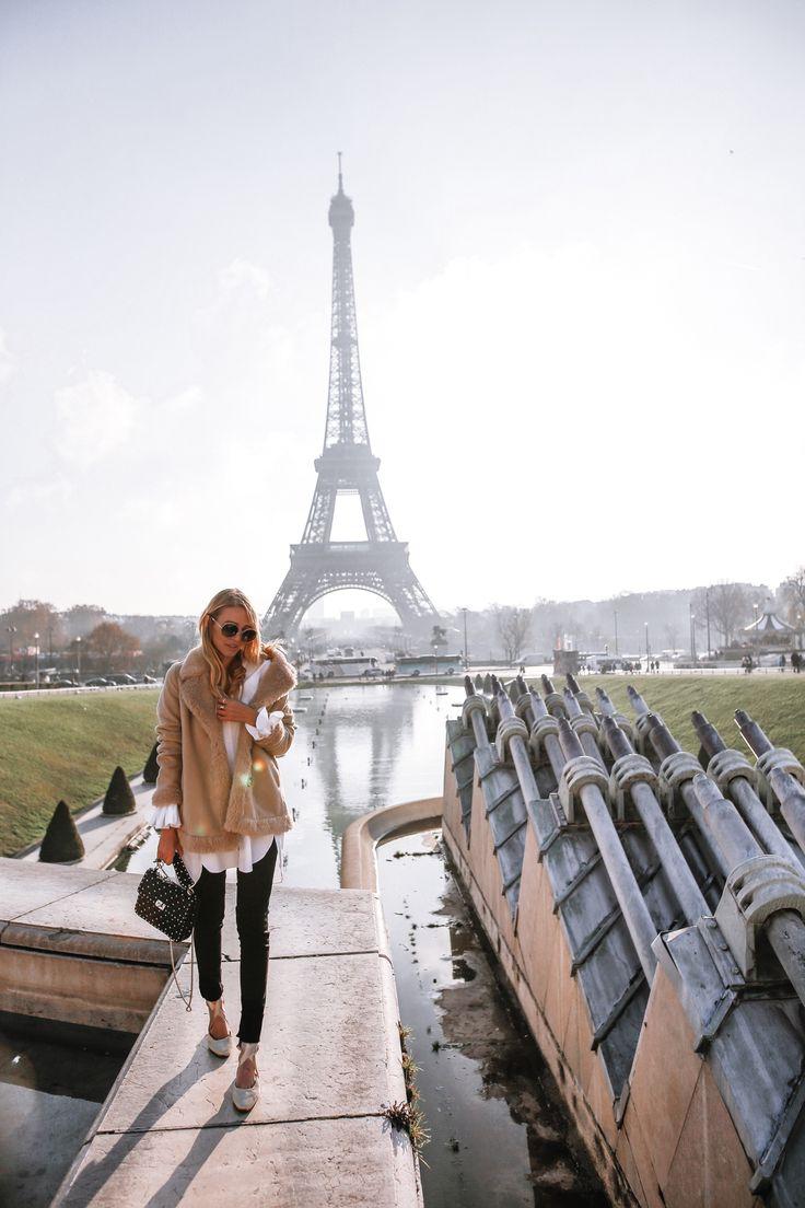 Teddy Mantel & schwarzer Denim | Paris – leonie hanne – Haute Couture