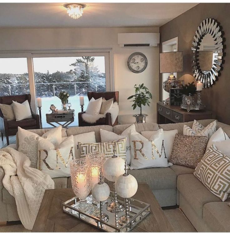 64 Best Ffion S Room Images On Pinterest: Best 25+ Living Room Accent Chairs Ideas On Pinterest