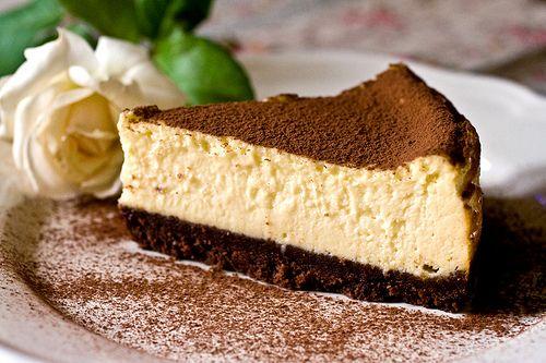 White cheesecake ovvero cheesecake al cioccolato bianco by marciespics, via Flickr