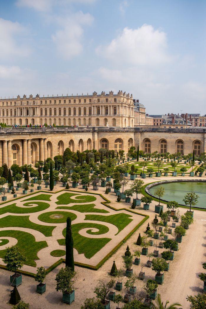 Versailles In 2020 Versailles Garden Castles To Visit Chateau Versailles