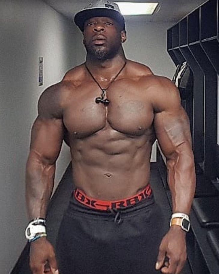 Pin By Wade Scott On Future Husband Muscle Men Big Muscles Muscle Hunks