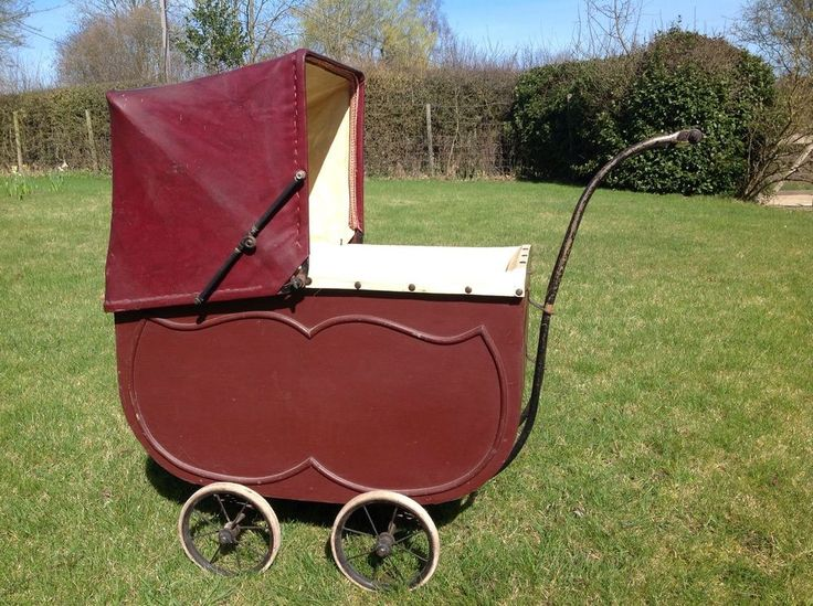 Vintage Dolls Pram 1920s era Wooden Body Antique Dolls Pram