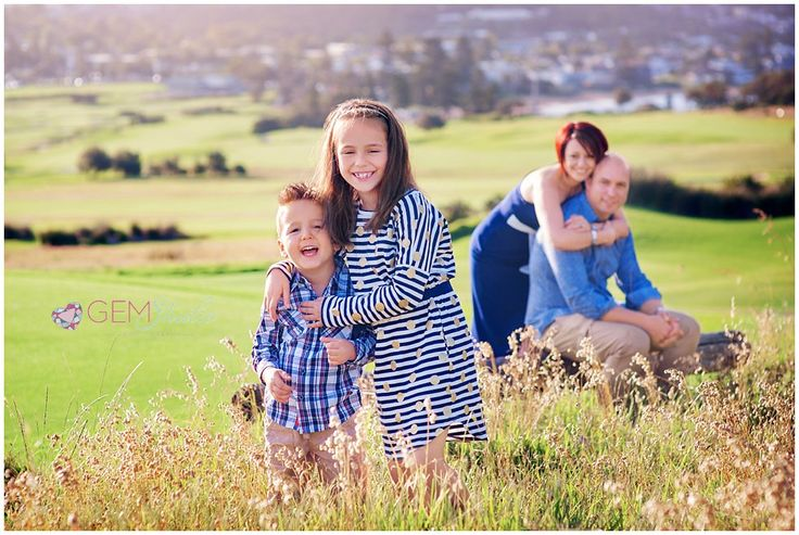 Family of four posing ideas- Sydney Long Reef Photography
