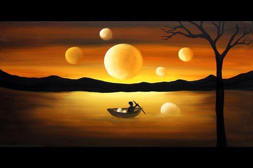 Тому, кто родился на рассвете, когда солнце поднималось над горизонтом, придется прожить три дюжины жизней.  Плясать, убивать, исцелять, ошибаться, советы давать мудрецам, рыскать зверем по лесу, птицей летать, кричать под ножом мясника, носить драгоценности, ползти по речному дну, вдов утешать поцелуями,  быть домом горящим и тем, кто из этого дома сбежал, и тем, кто не спасся, и тем, кто ликует на пепелище,  и белым цветком, и демоном, посаженным на цепь, и королевской тенью.  Когда…