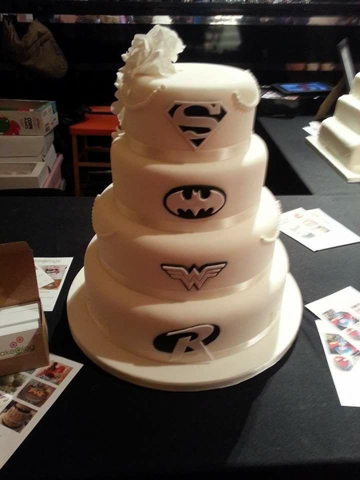 Back Of Dc Comic Wedding Cake Misc In 2019 Batman