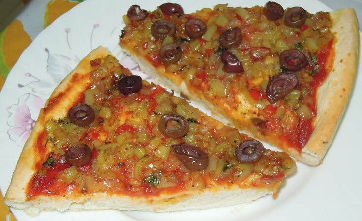 Piperatoi.gr: Πεντανόστιμη αφράτη…νηστίσιμη πίτσα!!!