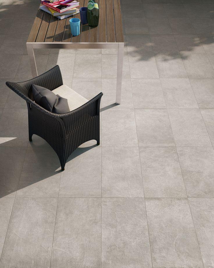Piastrelle in gres porcellanato effetto cemento.Versione strutturata per esterni Collezione Carnaby:  http://www.supergres.com/your-home/pavimenti/item/571-carnaby  #gres #EffettoCemento #ConcreteLook #CeramicsOfItlay