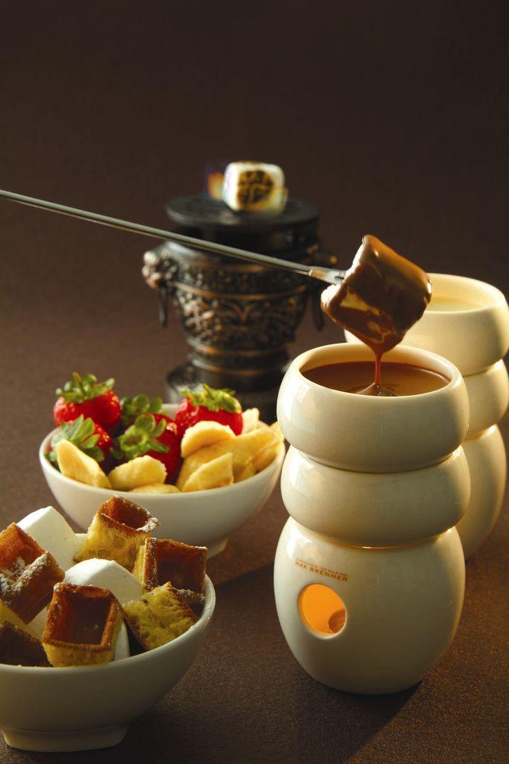 Best 25 chocolate fondue bar ideas on pinterest - Fondue de chocolate ...