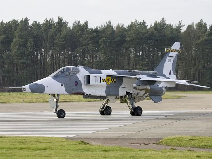Two of RAF Coltishall's four squadrons will cease to exist next month - PPRuNe Forums