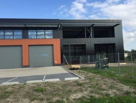 Te huur: bedrijfsruimte (inclusief kantoorruimte) met directe aansluiting nabij de A15 aan de Koddeweg te Hoogvliet. Meer weten? Bel 085-4013999.  http://www.huurbieding.nl/huur/bedrijfsruimte/1-01224/hoogvliet/koddeweg-fase-ii.html  #Tehuur #Bedrijfsruimte #Kantoorruimte #A15 #Snelweg #Beneluxplein #Botlek #Europoort #Gebied #Zeeland #Antwerpen #Hoogvliet #Huurbieding #Ondernemers #Gezocht #Huren #Direct #Beschikbaar #Vastgoed