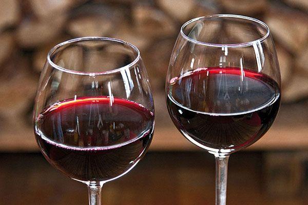 Вино из чернослива - Простые рецепты Овкусе.ру